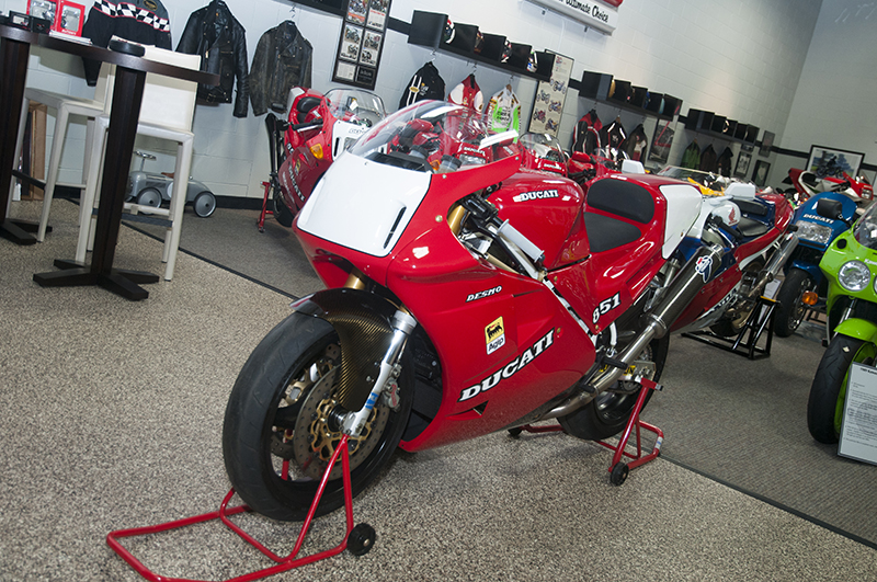 1991 Ducati 851 Superbike Racing Raymond Roche Replica
